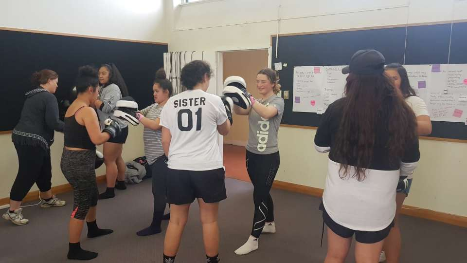 Ashburton's first session of #WeRWahine Boxfit.. some have continued on from the holiday program and some have come in new.. I absolutely love seeing the mums and tutors/kaimahi getting involved too.. leading by example :)