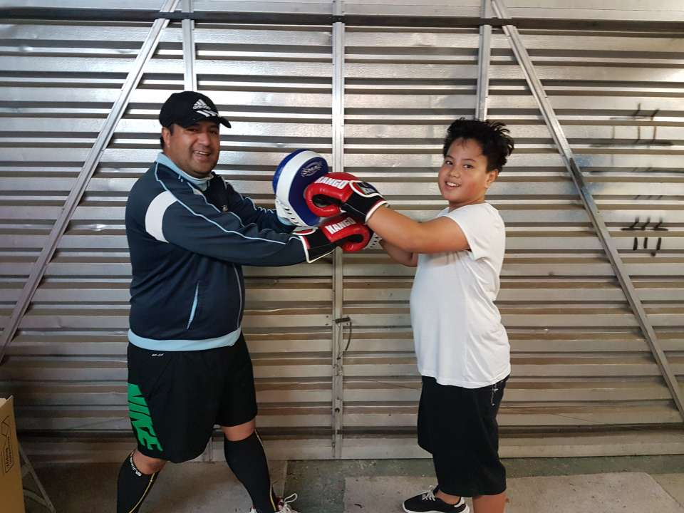 Father&Son... getting their fiton, #HWT6weekwelbeingeero #MOVETHEMAORINATION