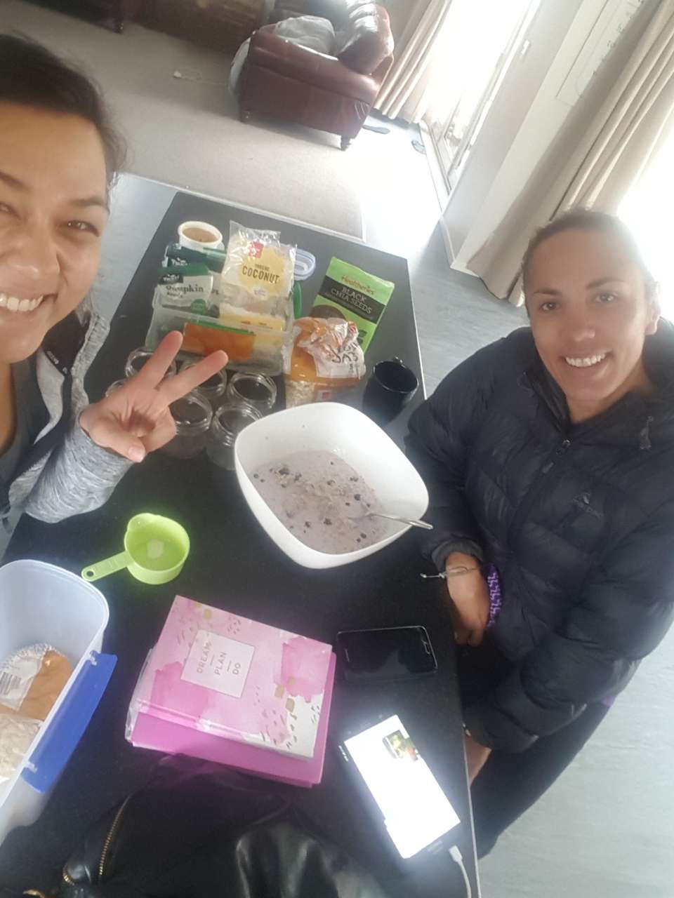 Activity completed: Nourish<br />Amount: Ate a nourishing breakfast<br /><br />Session 6 with Nani and we decided to make and eat oats because she couldn't make it on Friday! this wahine is well on her way to achieving the goals we set in our first session, she is motivated and positive and is making huge progress. <br />When we start to look after our tinana it affects every other area in a positive way and gives the strength and courage to do things we might not of if we were not in a good space physically. <br />As always the mahi never ends and nani has become a part of the strong group we have formed!   #activityNourish