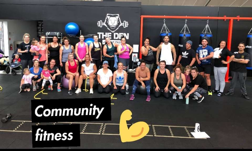 MORENA FROM OUR MONDAY COMMUNITY FITNESS CREW.#SHY #MMN
