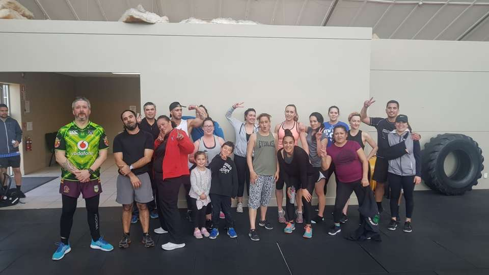 I love taking Monday class! So many people with great vibes and amazing goals to accomplish! Monday cardio done.. timings 20 secs work, 10 secs break... 40 secs work, 20 secs break.... 3 rounds! Shot whanau! Come along to our weights session, Wednesdays at 12.15pm :)